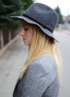 grey mango hat