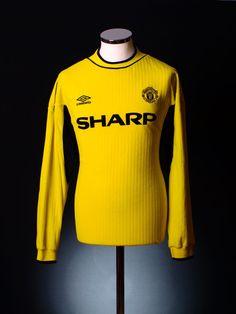 Manchester United 1999 goalkeepers shirt