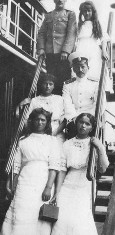 Grand Duchesses Anastasia Nikolaevna, Tatiana Nikolaevna, Maria Nikolaevna and Olga Nikolaevna, on the Imperial Yacht.