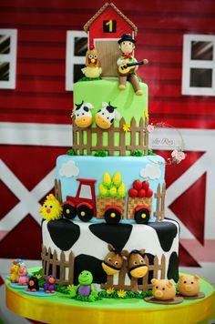 Farm Animal Birthday, Safari Birthday Party, Farm Birthday, 2nd Birthday Parties, Birthday Party Decorations, Birthday Surprise Kids, Farm Cake, Farm Party, Farm Theme