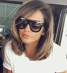 Spectacular long bob on brown hair - Spectacular long bob on brown hair - Cabello Rubio Medium Hair Styles, Natural Hair Styles, Short Hair Styles, Long Bob Haircuts, Bob Hairstyles, Coffee Brown Hair, Lob Styling, Light Brown Hair, Dark Hair