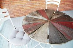 Patio side tables #outdoorwood Rustic Patio, Wood Patio, Rustic Outdoor, Rustic Table, Patio Table, Rustic Wood, Diy Table, Diy Patio, Outdoor Pallet