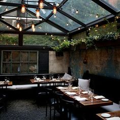 micasaessucasa: August Restaurant @ NYC (via dancejustlikeme) August Restaurant Nyc, Restaurant Patio, Restaurant Design, Luxury Restaurant, Cafe Seating, Garden Seating, Outdoor Seating, Dining Decor, Patio Dining