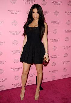 Unselfish: Kim Kardashian Does Damage Control by Taking Selfies ...