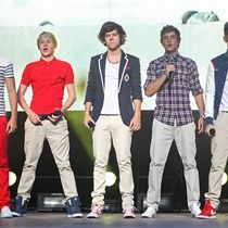 One Direction settle name dispute 1D 1D 1D ? ? ?