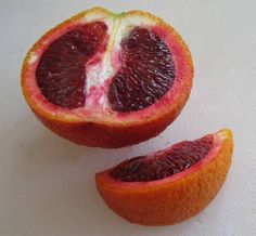 When you think of oranges, you think of this citrus fruit being the color of its name: orange. But there is an interesting variety that has the orange-colored Fruit Plants, Fruit Trees, Acai Berry, Food Articles, Orange Slices, Blood Orange, Fruits And Vegetables, Grapefruit, Berries