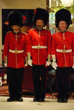 The Royal Guards - Walkabout Characters   www.contrabandevents.com