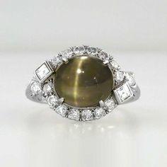 Rare Art Deco 4.83ct Chrysoberyl Cat's Eye & Diamond Ring Platinum | Antique & Estate Jewelry | Jewelry Finds