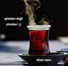 Still life food styling photography red tea drink - Turkish tea/tea cup Coffee Break, Coffee Time, Tea Time, Food Styling, Food Photography Styling, Chocolate Cafe, Le Cacao, Turkish Tea, Turkish Style