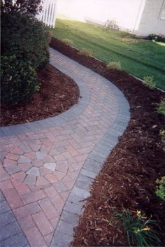 1000 Images About Walkways On Pinterest Paver Walkway