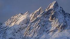 #Skottind #HattvikaLodge #WikiPedia Lofoten, Great View, Scenery, Hiking, Walks, Landscape, Paisajes, Trekking, Hill Walking