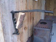 Ideaal om aanmaakhoutjes voor mijn buitenhaard (en barbecua) te maken, deze Stikkan houtklover. Zou prima bij mij buiten passen!