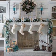 Watch your Christmas decor take you back to charming, yule style of old when you shop our Joyeux Noel collection. Delicate ornaments, light gold tree skirts, and vintage centerpieces will perfectly balance the modern pieces in your home. #myKirklands #KirklandsChristmasland #Christmasdecorations #metallics #mantel