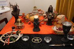 Samhain Altar - very pretty!