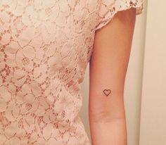 Miniscuul hartje aan binnenkant van de arm