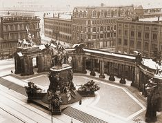 Kaiser Wilhelm Nationaldenkmal, the National Monument to Prussia& greatest . Classical Architecture, Historical Architecture, Ancient Architecture, Humboldt Forum, German Houses, Urban Design Plan, Kaiser Wilhelm, Good Old Times, Berlin Wall