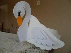 Resultado de imagem para lembrancinha eva de cisne