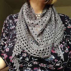 Kettle Yarn Co. ISLINGTON in Old Smoke...Ravelry: Stitched-Together's Pebble Beach Shawlette