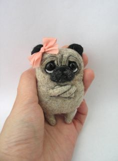 MADE TO ORDER pug made of wool by needle felting. You can choose the accessories: a bow or hat. The price is for 1 pug. If You have any questions, send me an email :)