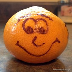 Simple Way to Make Lunches More Fun - Fruit Faces Nanny Agencies, Best Fruits, Pumpkin Carving, Kids Meals, Simple Way, To My Daughter, Fun Fruit, Healthy Eating, Snacks