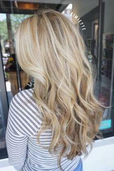 Creamy blonde #balayage  #hairbykimjette #balayagehighlights…