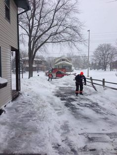 An Elderly Man Had A Heart Attack While Shoveling His Driveway. Paramedics Took Him To The Hospital, Then Returned To Finish Shoveling His Driveway For Him   Bored Panda