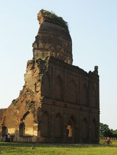 The ruined tomb of Humayun the Cruel. Bidar