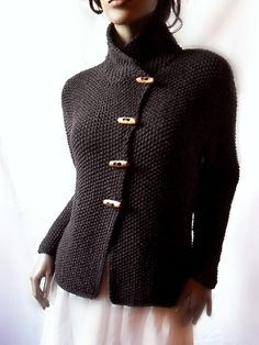 Women's Knit Jacket  Merino Wool Cardigan Hand Knit  door Pilland