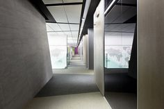 2tec2 woven vinyl flooring Collection 'Seamless tiles' Moonless night ST, Moonrock ST - Sodexo Italy