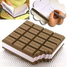 Voici un bloc note chocolat qui en a également l'odeur... Miam !