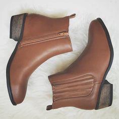 Chels Boot - Brown – Zelle Boutique