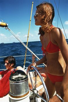 Holidaymakers on a yacht off the Caribbean island of Saint Barthélemy, March (Photo by Slim Aarons/Getty Images) Slim Aarons, Cruise Ship Pictures, Boat Girl, Lake Pictures, Nautical Fashion, Catamaran, Summer Essentials, Caribbean, Sailing