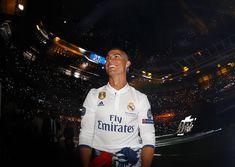 Best Perform Cristiano Ronaldo ever . Ronaldo Real Madrid, Real Madrid Team, Real Madrid Players, Cristiano Ronaldo 7, Juventus Fc, Psg, Messi, Fotos Real Madrid, Real Madrid Captain