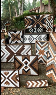 Working on some crafty DIY projects - woodworking! I love making barn quilts , wood mosaics, and che Reclaimed Wood Projects, Reclaimed Wood Wall Art, Wooden Wall Art, Diy Wall Art, Barn Wood, Salvaged Wood, Rustic Wood, Diy Home Decor Projects, Diy Wood Projects
