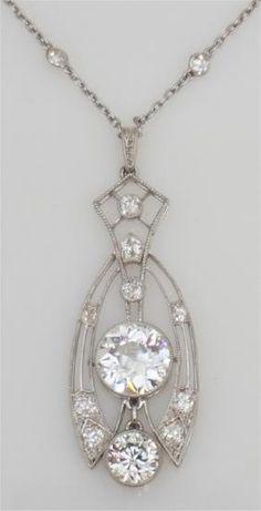 LARGE DIAMOND NECKLACE 2.60 CENTER