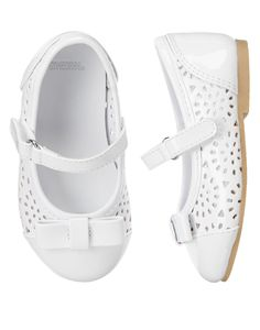 Gymboree 2015 Bow Cutout Patent Flat in White ($36.95)