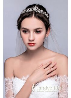 ティアラ 人気新品 ウェディング小物 アクセサリー 結婚式 花嫁 JJ0015005 価格 ¥4,860