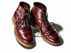 Mens Boots Fashion, Mens Fashion Suits, Fashion Shoes, Fashion Accessories, Fashion News, Alden Boots, Men S Shoes, Shoes Sneakers, Red Wing Boots