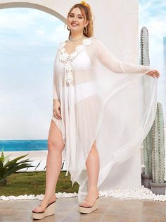 Plus Deep V Neck Appliques Sheer Cover Up Simple Pakistani Dresses, Pakistani Fashion Casual, Curvy Women Fashion, Plus Size Fashion, Green One Piece Swimsuit, Sheer Cover Up, Floral Tankini, Plus Size Intimates, Curvy Models