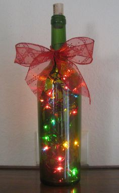 40 Last Minute Awesome Christmas Craft Idea Homemade - Wedding Inspire Christmas Wine Bottles, Lighted Wine Bottles, Bottle Lights, Recycled Wine Bottles, Glass Bottle Crafts, Wine Bottle Art, Do It Yourself Decoration, Christmas Lights, Holiday Crafts
