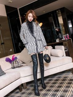 Long Boots, Black Boots, Crotch Boots, Winter Boots Outfits, Thigh High Boots Heels, Asia Girl, Sexy Asian Girls, Fashion Boots, Women's Fashion