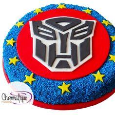 Transformers Logo Cake (Pastel del Logo de Transformers). https://www.facebook.com/ChromatiquePasteleria