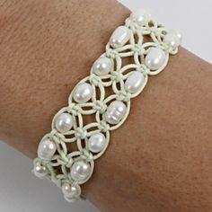 DIY Romantic Bracelet - use google translate as needed
