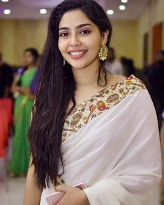 Image may contain: 1 person, closeup Beautiful Girl Indian, Most Beautiful Indian Actress, Beautiful Saree, Most Beautiful Women, Lakshmi Actress, Bollywood Actress Hot Photos, Trendy Sarees, Indian Beauty Saree, South Indian Actress