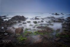 Calm in the Storm - Coast of Málaga. Fotografía de larga exposición de la costa malagueña durante el temporal.