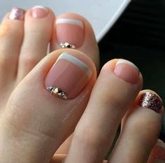 Pretty Toe Nails, Cute Toe Nails, Gorgeous Nails, French Pedicure, Pedicure Nail Art, Pedicure Designs, Toe Nail Designs, Pedicure Ideas, French Nail Designs