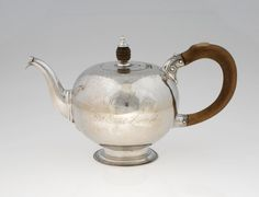 RISD Museum: Jonathan Clarke, American, 1705 - 1770. Teapot, ca. 1760. Silver with wood. Height: 14.9 cm (5 7/8 inches). Bequest of Peyton Randolph Hazard 62.088