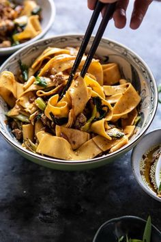 Than Takeout Szechuan Noodles with Sesame Chili Oil. - Better Than Takeout Szechuan Noodles with Sesame Chili Oil Szechuan Noodles, Asian Noodles, Pizza Und Pasta, Asian Recipes, Healthy Recipes, Recipes With Sesame Oil, Asian Noodle Recipes, Szechuan Recipes, Easy Recipes