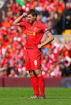 Steven Gerrard Photos: Liverpool v Chelsea - Premier League