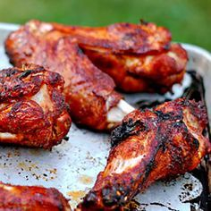 Learn everything about grilling with Kingsford Charcoal, get premium BBQ culture from the long trusted brand. Smoked Turkey Wings, Bbq Turkey, Grilled Turkey, Baked Turkey, Roasted Turkey, Grilled Meat, Smoked Wings, Grilled Chicken, Grilling Recipes